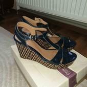 Босоножки сандали нат.кожаные Clarks 40р