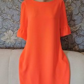 Яркое платье с красивым коротким рукавом, р. L-XL.