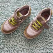 Кожаные кеды, мокасины, спортивные туфли