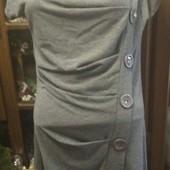 Хорошенькое платье 14 р-ра (EU 42)