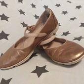 Туфлі - балетки Clarks, р. 38/5/24 см. повнота D, натуральна шкіра.