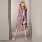 ☘ Розкішний пудровий халат з візерунком від Tchibo (Німеччина), розміри наші: 50-54 (44/46 євро)