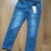 Очень мягенькие джинсы Reserved для мальчика 5-6, 9-10 лет и 10-11 лет