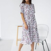Модное! Нежное платье миди свободного фасона в цветочный принт