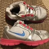 Кросівки Nike розмір 29,5 стелька 18 см