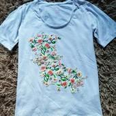 єє53.Чудова футболка Esmara