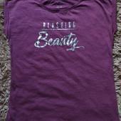 єє54..Чудова футболка Esmara