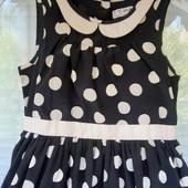 Красивое платье Next в горох на 4-5 лет