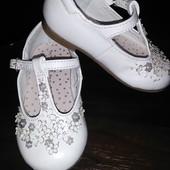 Кожаные фирменные туфельки Next 3