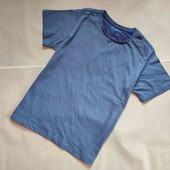 Тонка футболка для підлітків