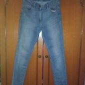Классные джинсы в нормальном состоянии. Смотрите мерки.
