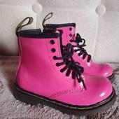 Крутые стильные ботинки для маленькой леди 24р.