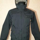 Куртка Деми на мальчика на рост 146-158,на 11-12 лет,фирмы Quechua,Состояние Отличное!