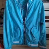 Курточка-ветровка, размер 116,в хорошем состоянии.