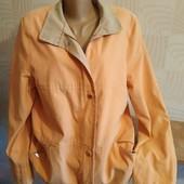 Шикарна осіння куртка фірмова Красиві лоти. Великий розпродаж. не упустіть.