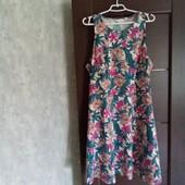 Фирменное новое красивое трикотажное платье р.18-20