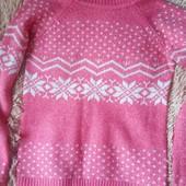 Теплый свитер розового цвета))