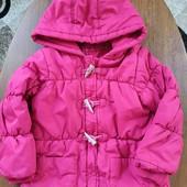 Курточка на 5-6лет, хороше состояние.