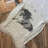 Класснючий тоненький свитерок на рост 146/152см