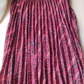 Красивая гофрированная юбка макси