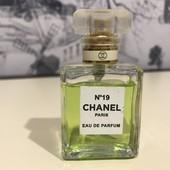Chanel N19