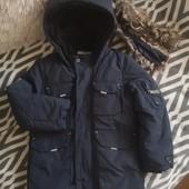 Классная, теплая куртка Ted Baker 5 лет 110 см