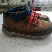 Фирменные ботинки M&S. Размер 9