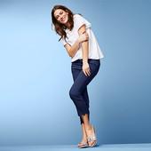 ☘ Якісні стрейч-джинси з вишивкою, довжина 7/8 від Tchibo (Німеччина), розмір наш: 50-52 (44 євро)
