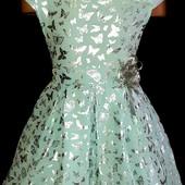 Нове плаття для дівчинки р.140-146 в срібні метелики. Без бірок.