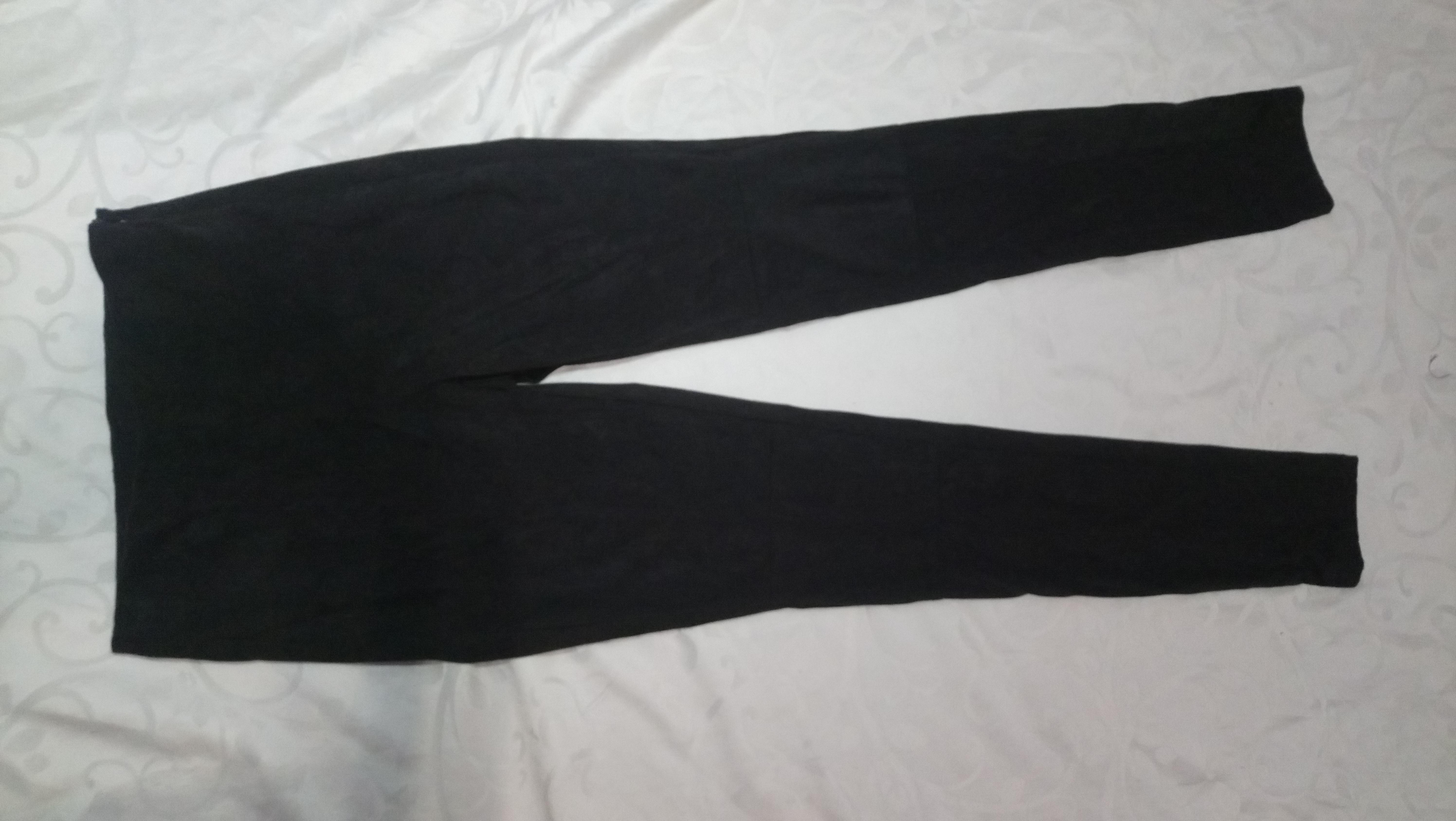 Esmara Германия Плотные брюки-джеггинсы под замш 36р евро