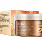 Скраб для тела с экстрактом абрикоса и миндальным маслом Bioaqua 120 г
