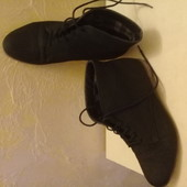 Женские фирменные ботинки