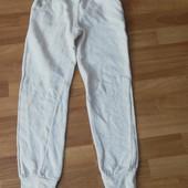 Теплі спортивні штани на 9-10 років
