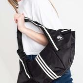 Новая черная сумка в спортивном стиле
