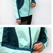 """Жіноча спортивна термо куртка """"crivit""""softshell,L"""